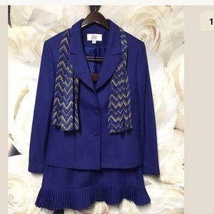 Le Suit Women's 10 Petite Blue 2 PC Skirt Suit